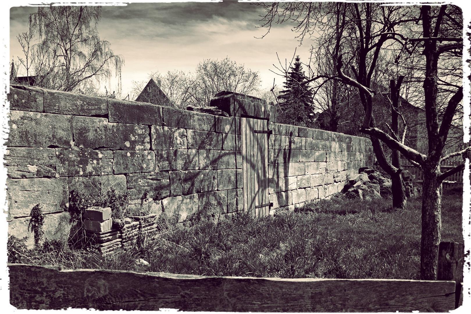 Gartenmauer am Seeburger See