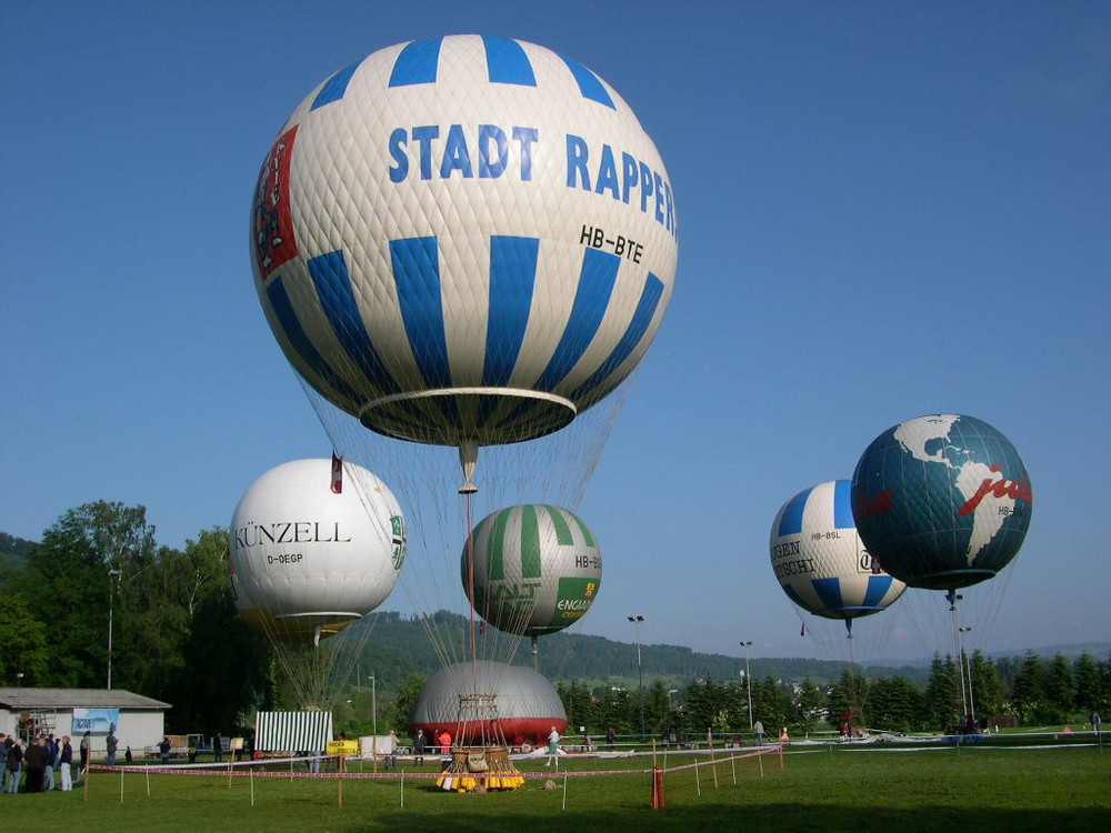 Gasballon Circus Knie