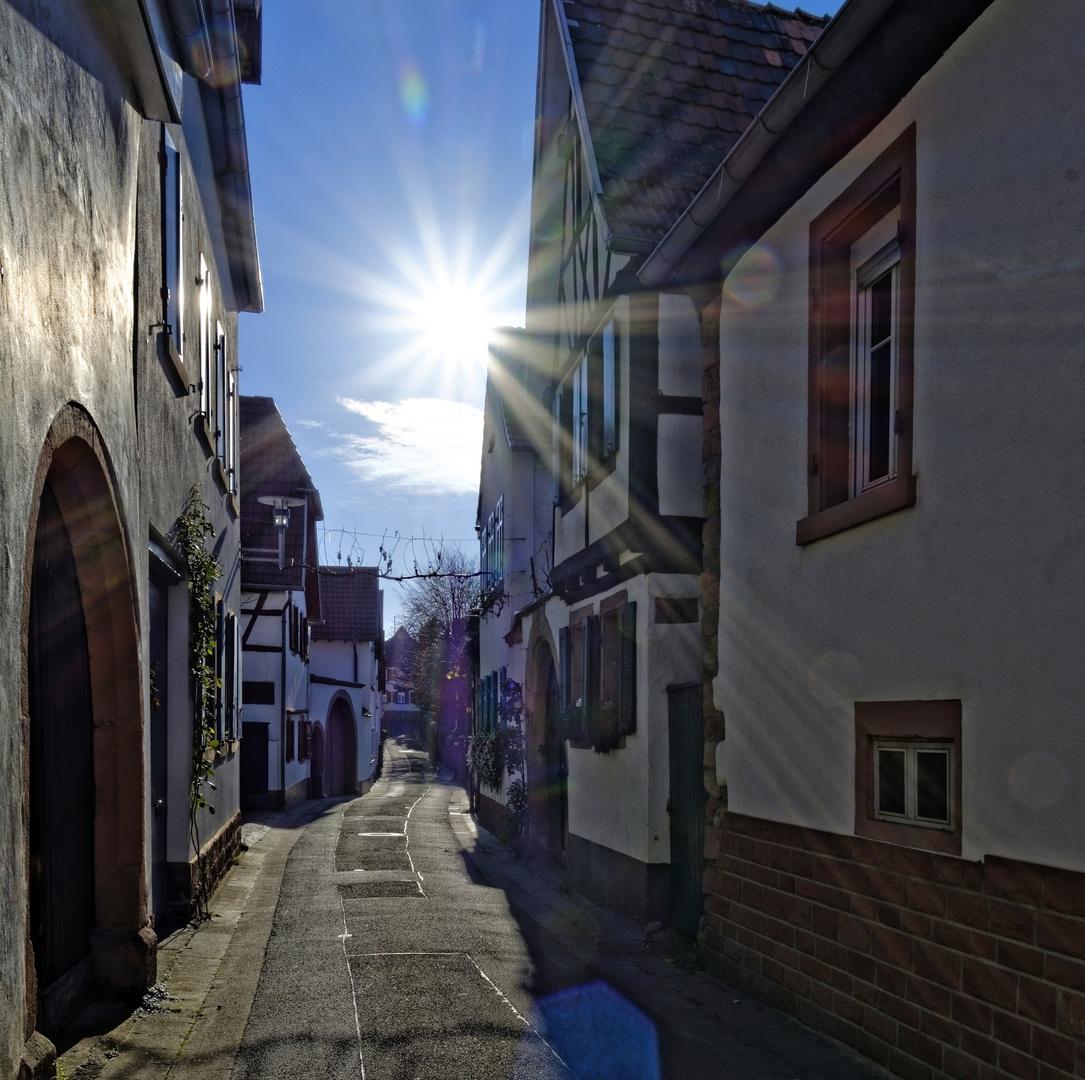 Gasse in Rhodt u. Rietburg