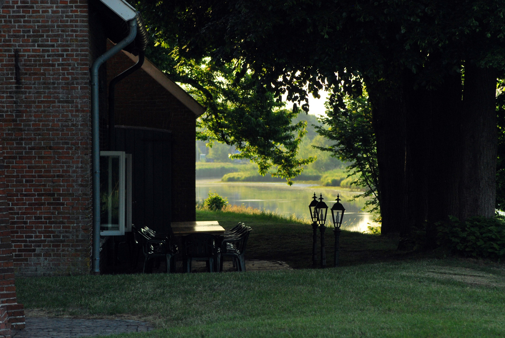 Gasthaus am Morgen, warten auf die Gäste