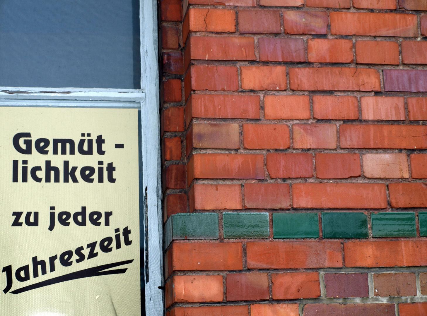 """Gaststätte """"Gemütlichkeit zu jeder Jahreszeit"""""""
