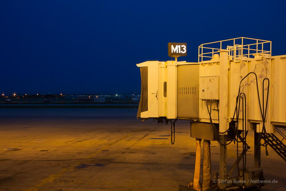 Gate M13