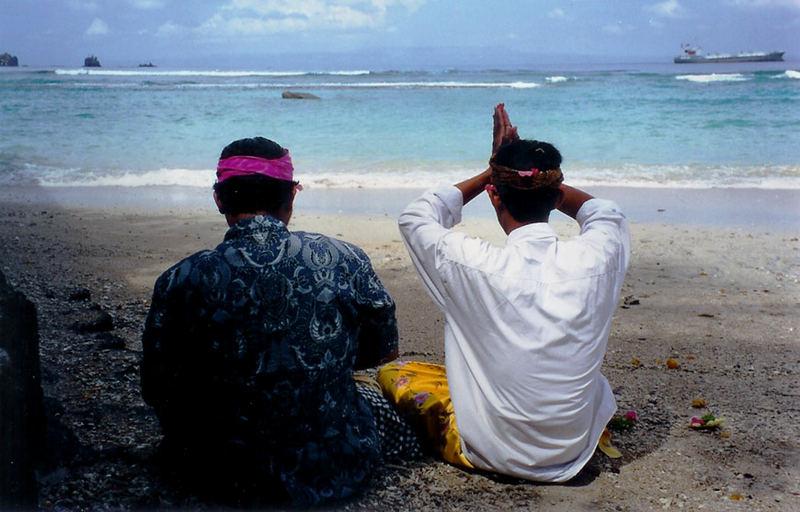 Gebet an die Götter von Bali