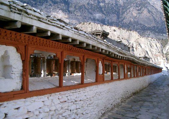 Gebetsmühlen bei Tukche, Nepal