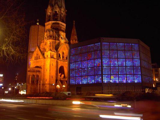Gedächtniskirche in Berlin bei Nacht