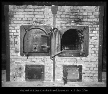 Gedenkstätte Auschwitz-Birkenau * 2 der Öfen