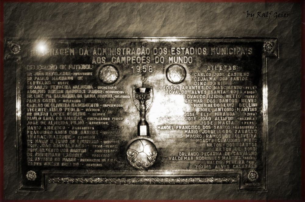 Gedenktafel von der WM 1958 im Maracana-Stadion in Rio de Janeiro