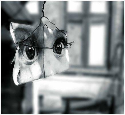 gefesselter Blick