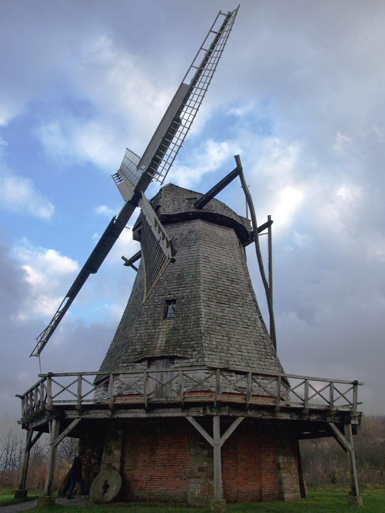 Gegen Windmühlen kämpfen....