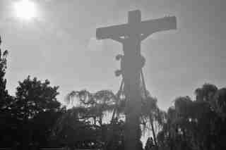 Geheimnisvoll am Kreuz