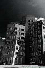 Gehry-Bauten (Der neue Zollhof) Teil 1