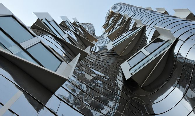 Gehry-Bauten Fensterreihe 2