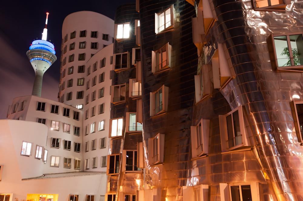 Gehry Bauten im Medienhafen Düsseldorf