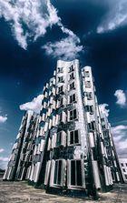 Gehry Chrome IV