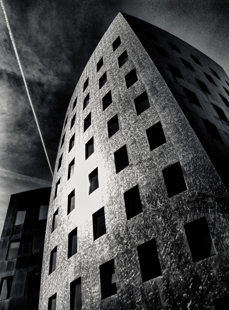 gehry tower in hannover ...
