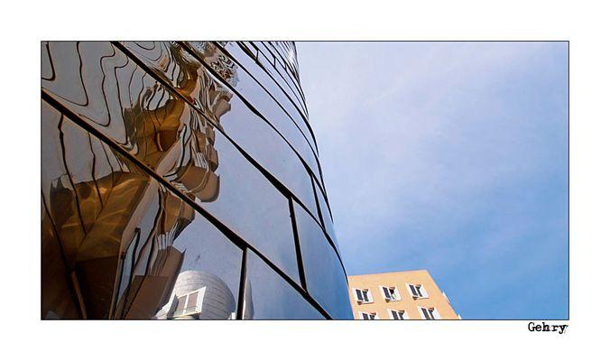 Gehry's Spiegelung