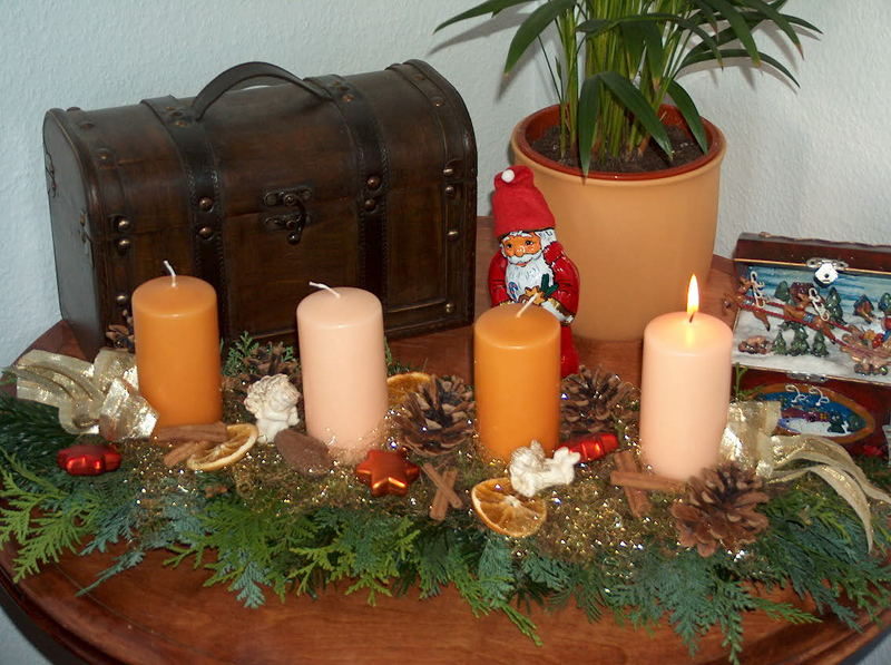 Gehversuche weihnachtlich aufzuhübschen...