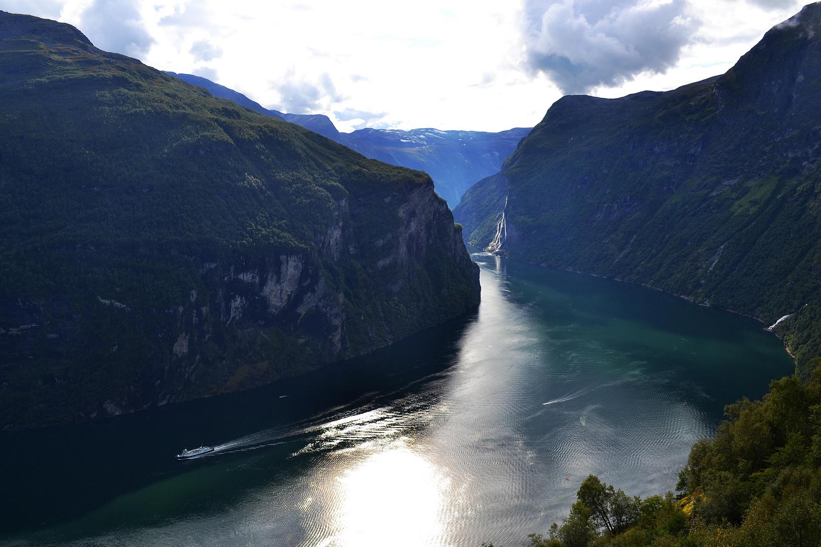 Geirangerfjord im Gegenlicht
