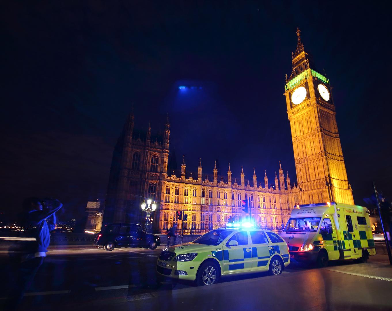 Geisterpolizist vorm Big Ben
