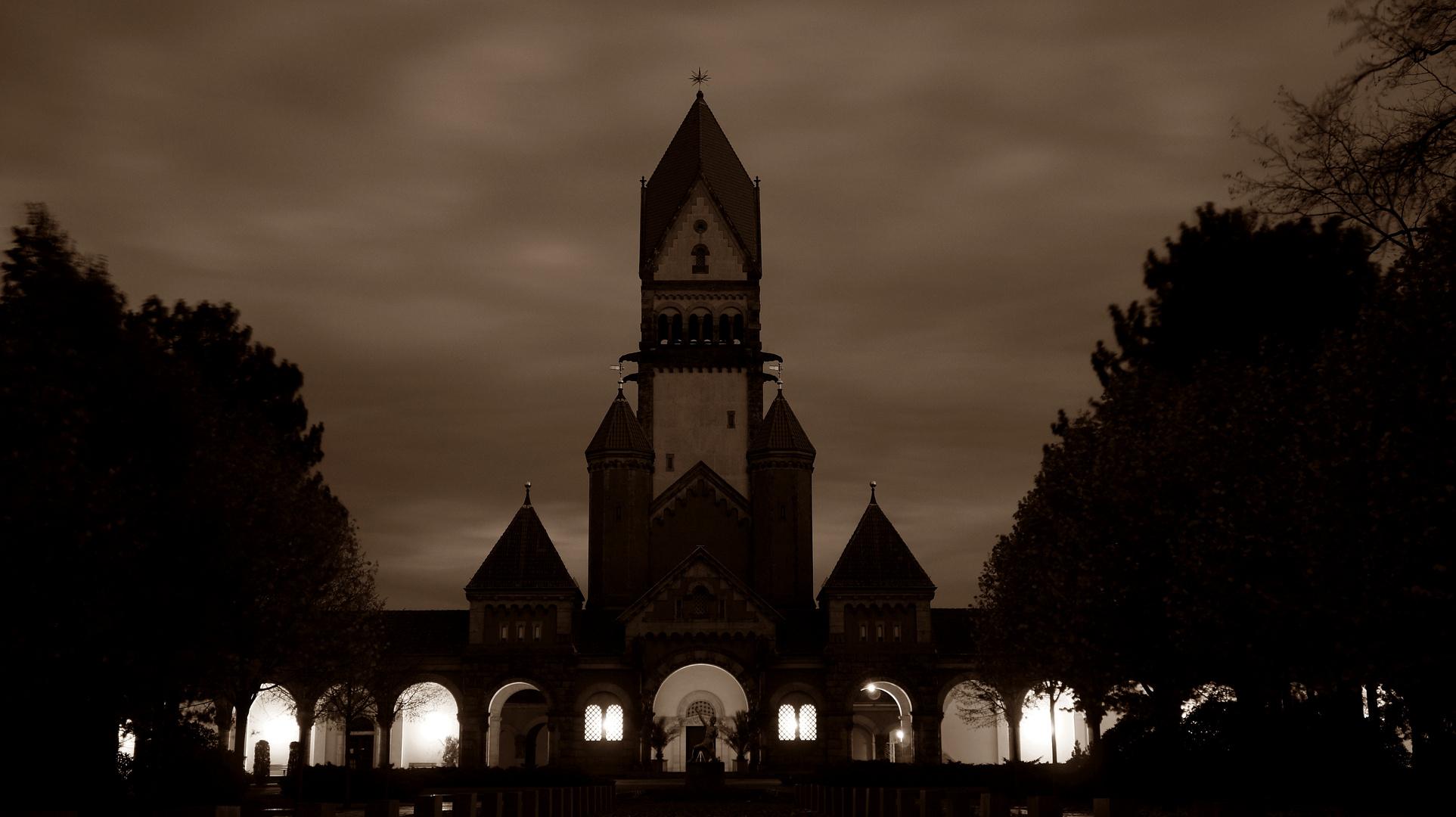 Geisterstunde auf dem Südfriedhof Leipzig