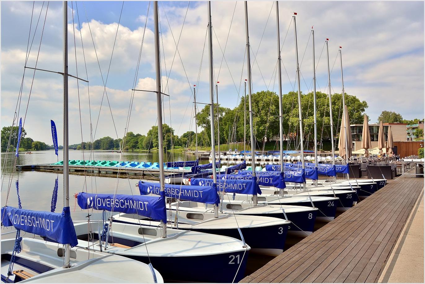 Gekonntes Einparken am Restaurant A2 am Aasee
