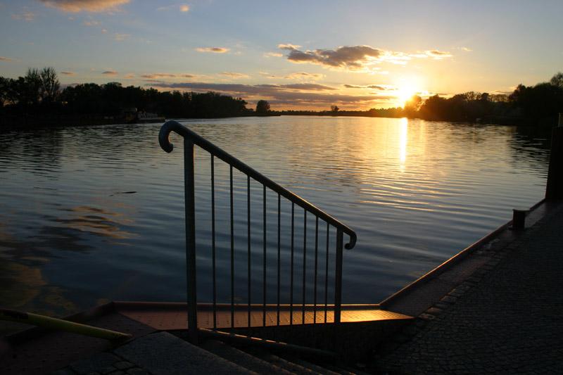 Geländer an der Oder