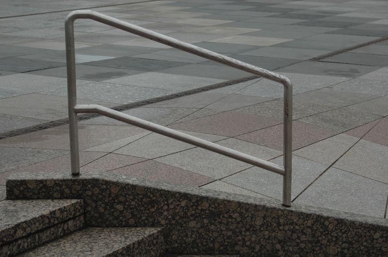 Geländer oder Absperrung ?