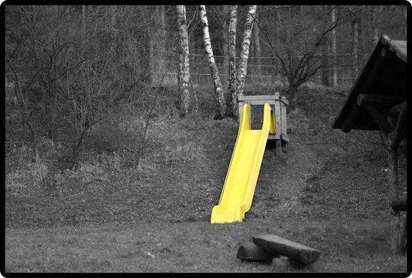Gelbe Rutsche