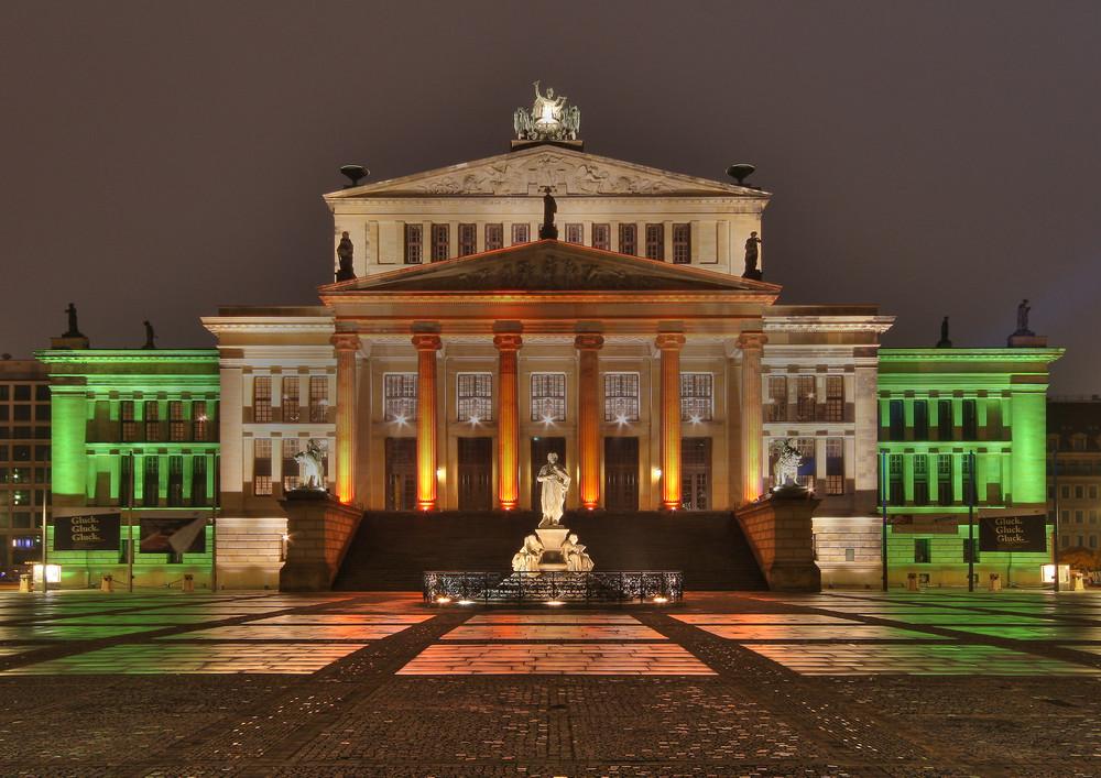 Gendarmenmarkt beim Festival of Light in Berlin
