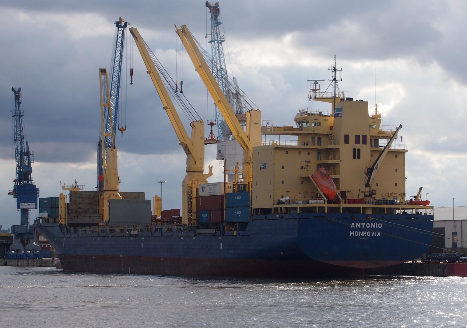 General Cargo Ship Antonio