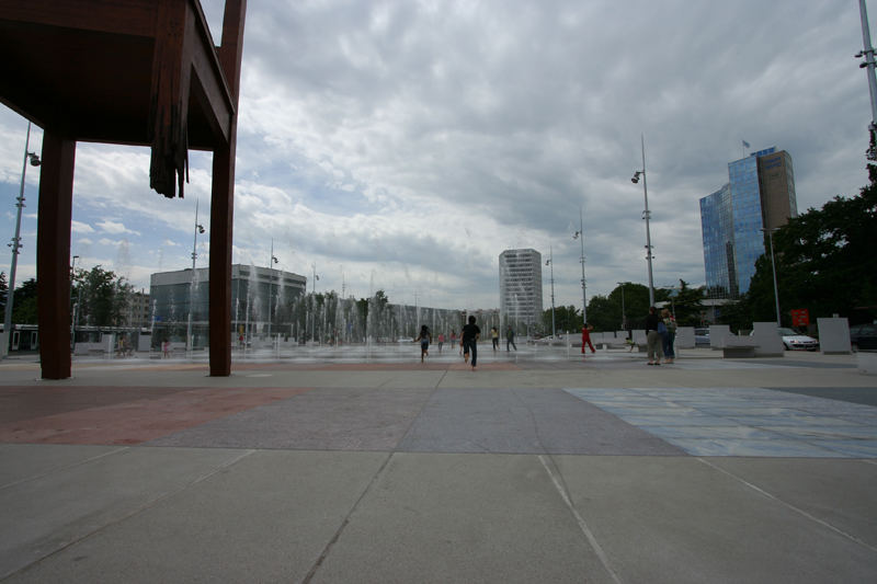 Genf: Place des Nations 5
