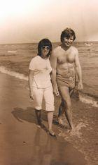 Gertrud und Gerd Luschnat ca. 1965-1970 an der Ostsee