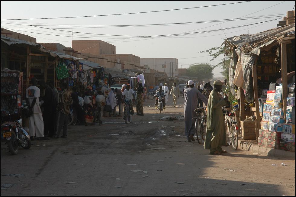 Geschäftsstrasse in Agadez