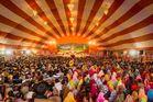 Geschlechtertrennung auf der Kumbh Mela 2013