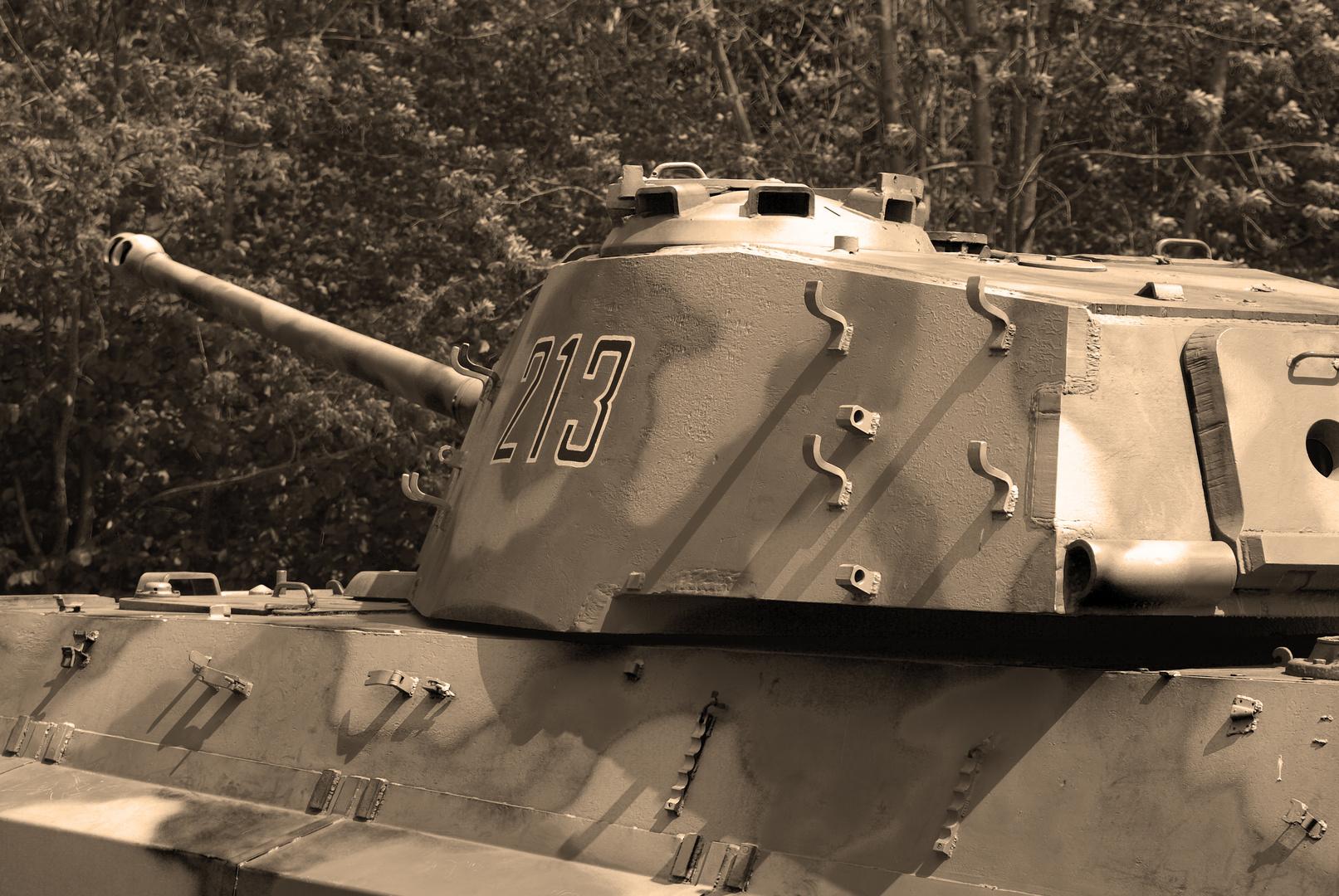Geschützturm eines Königstigers