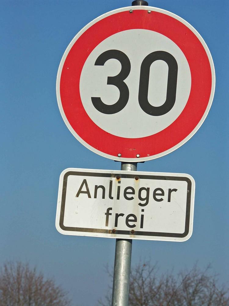 Geschwindigkeitsregelung in Oberasbach