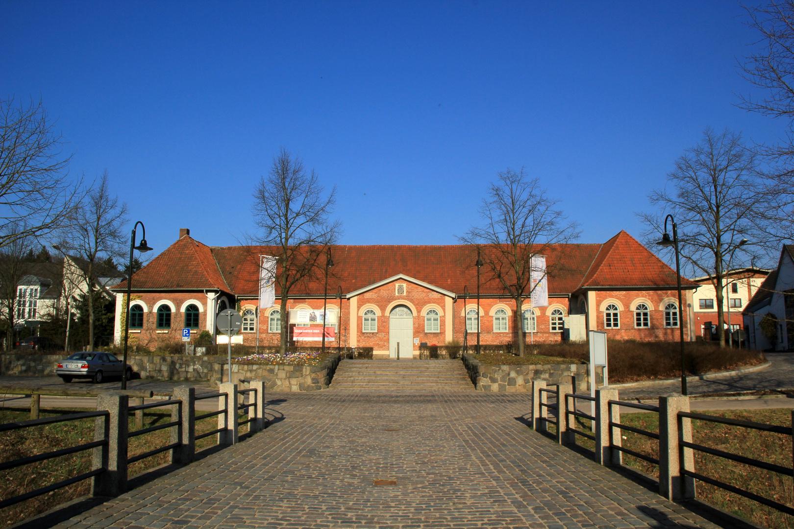 Gesehen nebst dem Schloß Ahrensburg - Marstall