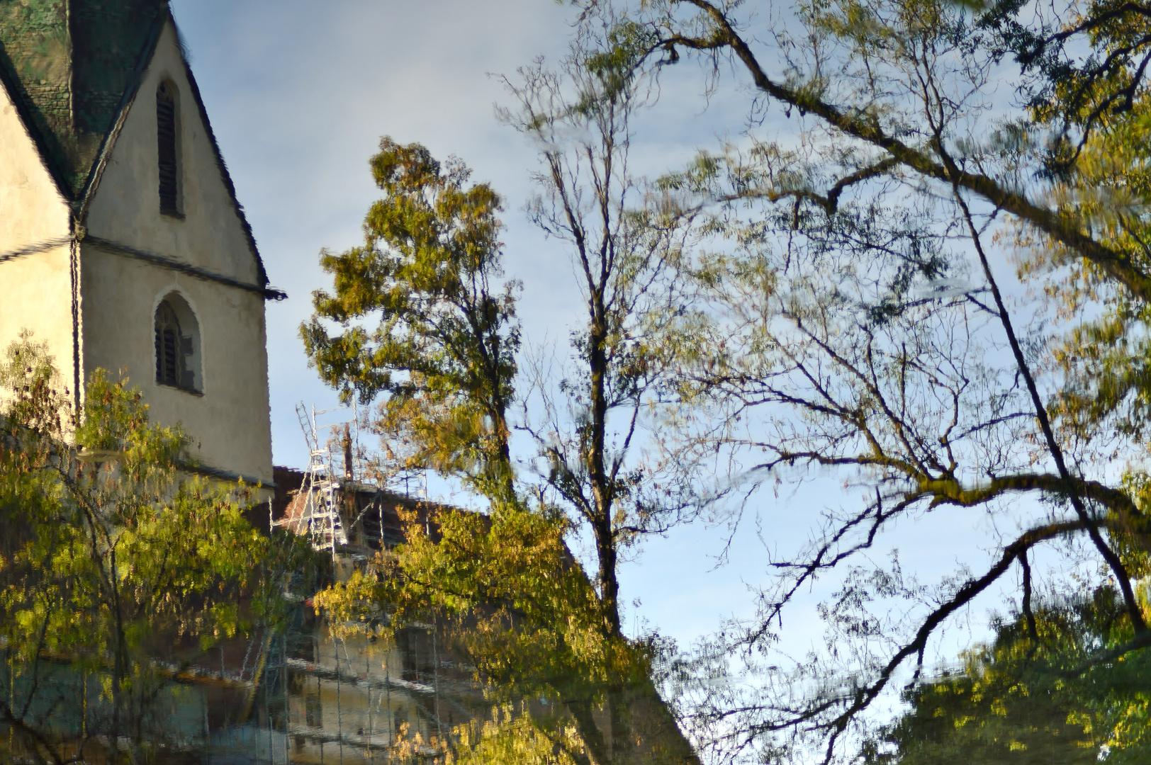 Gespiegeltes Kloster