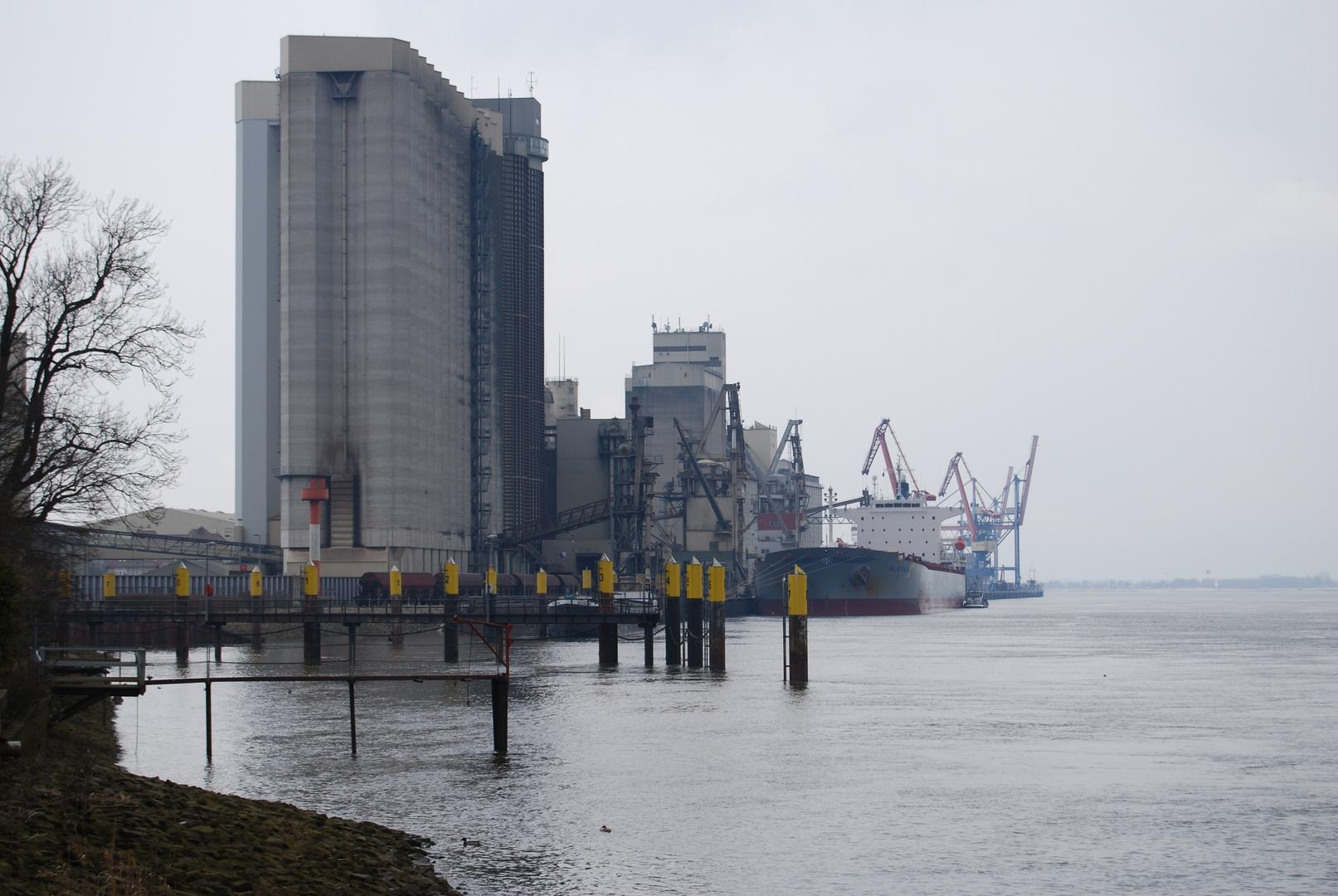Getreidehafen Brake/Unterweser am 30.03.2013