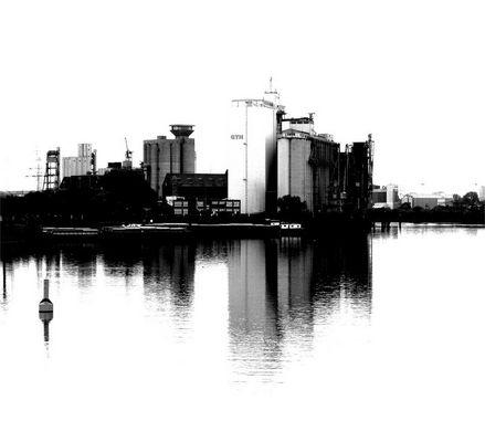 Getreidespeicher im Hamburger Hafen