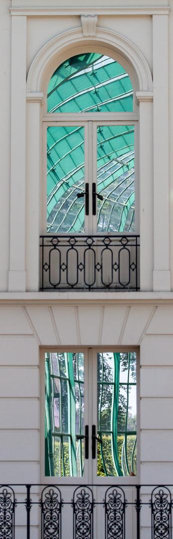 Gewächshausarchitektur im Spiegel