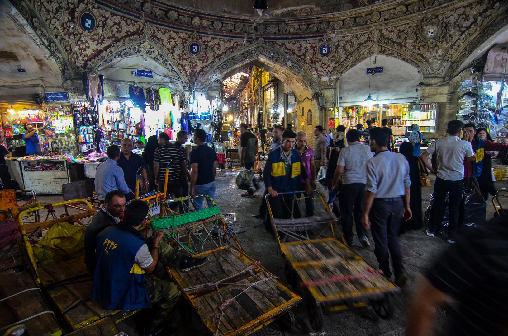 Gewimmel auf dem Bazar
