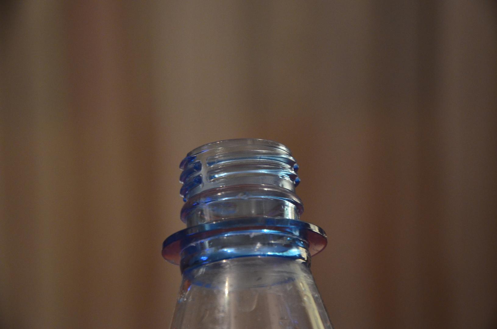 Gewinde Plastikflasche