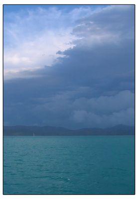 Gewitter über dem Meer