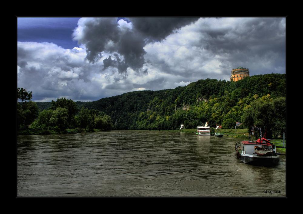 Gewitter über der Donau