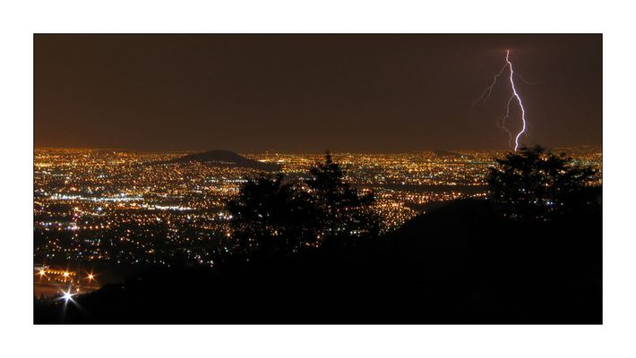 Gewitter über Mexiko City
