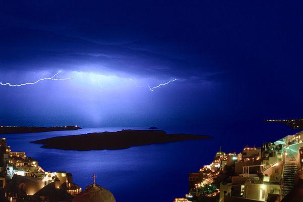 Gewitter über Santorini