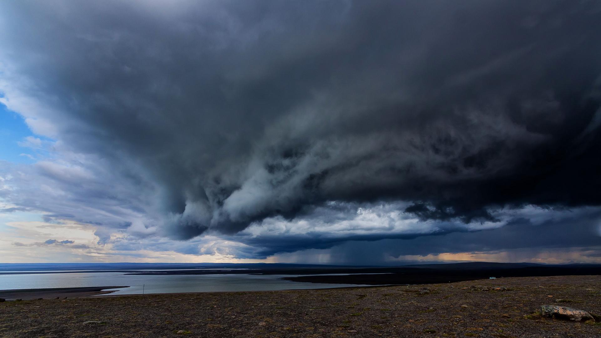 Gewitterfront auf Iceland