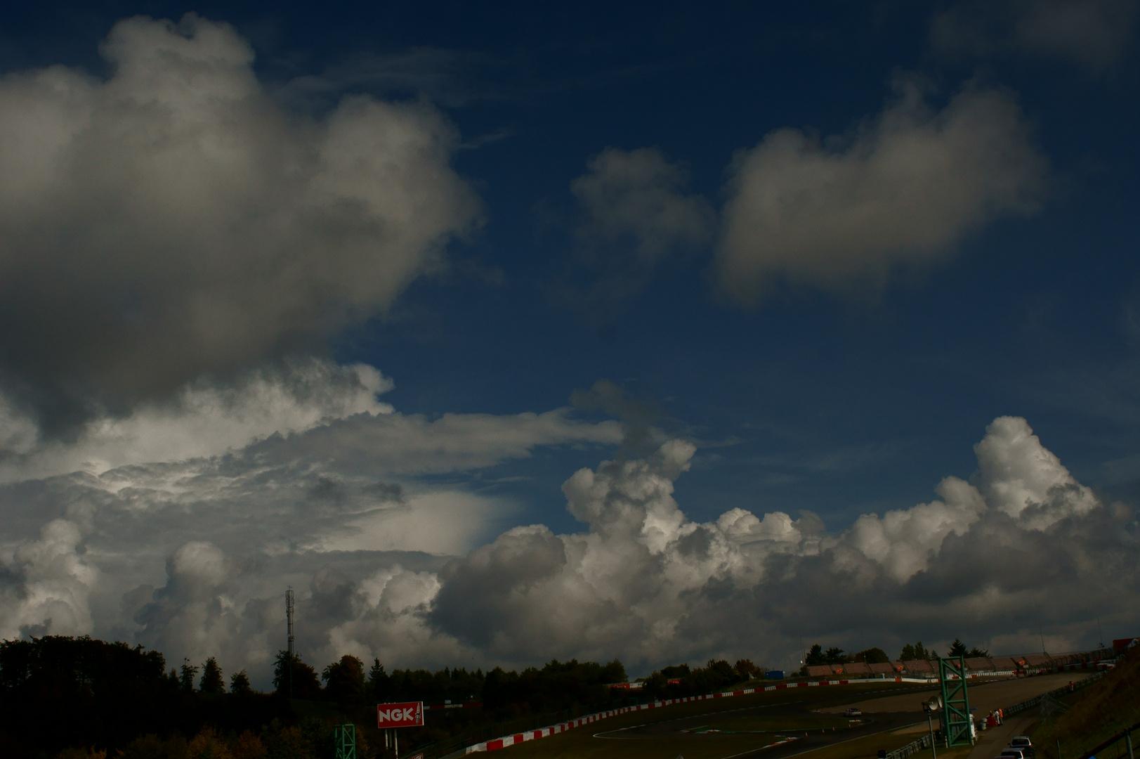 Gewitterstimmung am Nürburgring