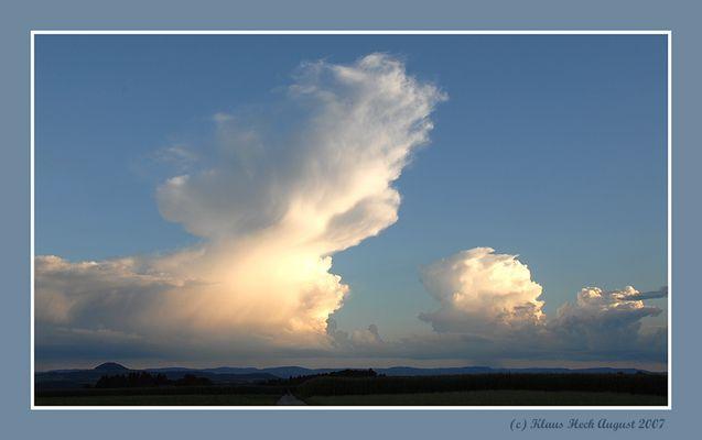 Gewitterwolke überm Staufen